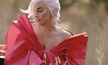Valentino lancia Voce Viva con Lady Gaga