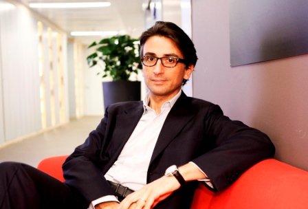 Alès Groupe, Manucci a capo di farmacia e drug