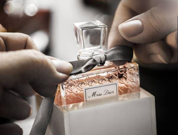 Lvmh, Perfumes & Cosmetics a +8%