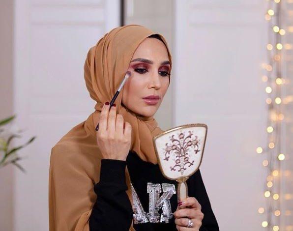 L'Oréal scopre i tweet e licenzia modella con l'hijab