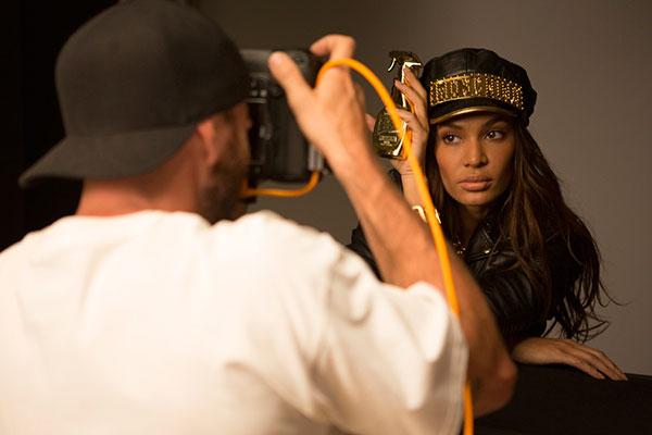 Moschino Fresh Gold Couture, il lusso in formato spray