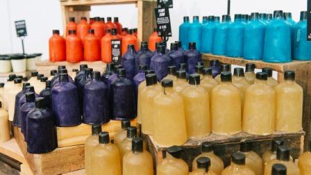 Lush apre il primo Naked Shop al mondo
