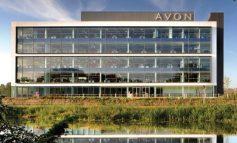Avon vola in Borsa (+10%) su voci di cessione a Natura