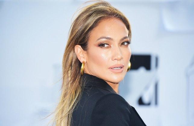Jennifer Lopez debutterà nello skincare