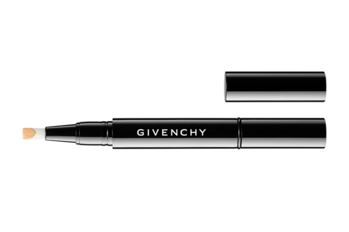 Givenchy firma una linea di trucco unisex