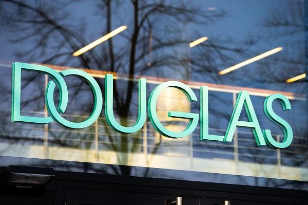Douglas chiama Keppel per la ristrutturazione