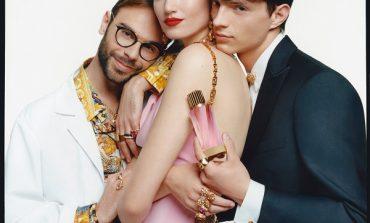Versace con Atelier si lascia sedurre dall'alta profumeria