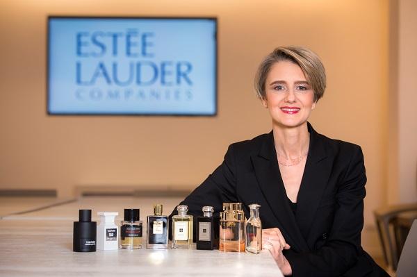 Estée Lauder cresce con le fragranze