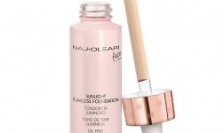 Naj Oleari Beauty si trucca con Sunlight Flawless Foundation