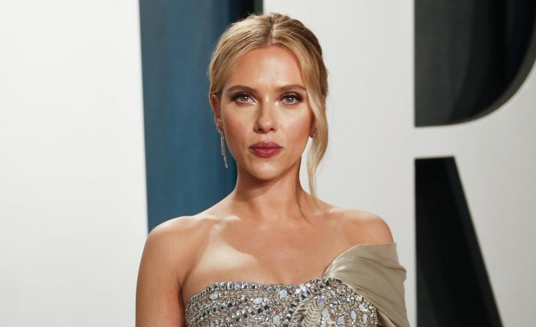Anche Scarlett Johansson lancia la sua beauty line